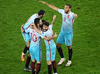 Spor yazarları Çek Cumhuriyeti - Türkiye maçını yorumladı