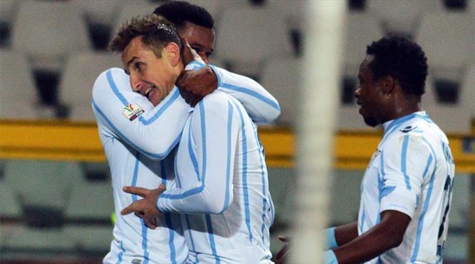 Lazio kupada tam yol