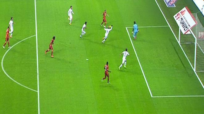 Asist Selçuk'tan gol Sneijder'den
