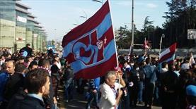 Trabzon taraftarından protesto