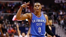 Durant başladı Westbrook bitirdi