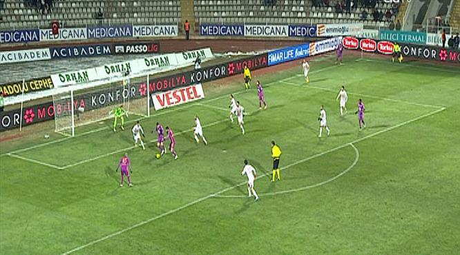 Cim Bom ilk atağında golü attı: 0-1!