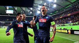 Napoli inanılmazı başardı!
