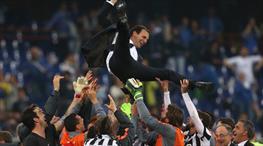 Torino'da bayram var!.. Juve zaferi kutluyor!..  (Galeri)