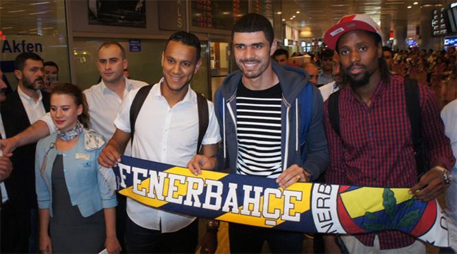 Fener'in yeni yıldızları İstanbul'da!.. İşte ilk açıklamalar!..