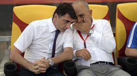 Süleyman Hurma kulübede