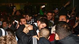 Beşiktaş kafilesine taraftar desteği