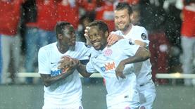 Fenerbahçe'ye Antalya'da büyük şok! Skor birden 3-0'a geldi!