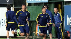 Fenerbahçe Nani ve Van Persie'siz çalıştı