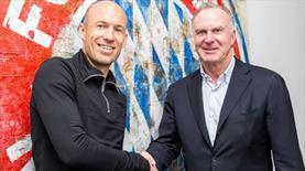 Robben imzayı attı