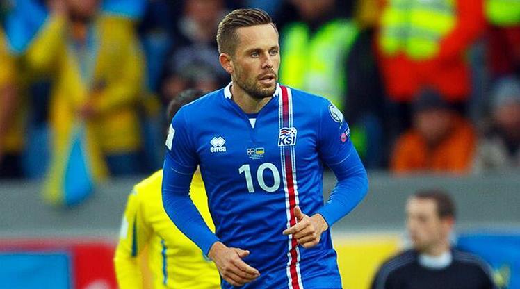 İzlanda Sigurdsson ile kazandı, grupta işler karıştı! (ÖZET)